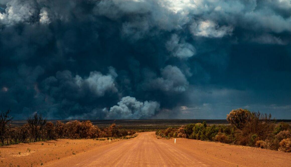 Bushfire,Wildfire,Smoke,In,Remote,Area,Of,Forrestania,,Mount,Holland
